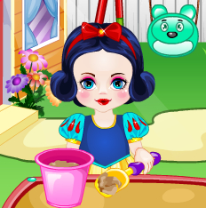 Cute Princess Snow White Care