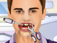 Justin Bieber Tooth Problems